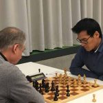Brett 5: rechts Thanh Kien Tran (Elo 2224) gegen IM Heinz Fuchs (Elo 2251)