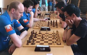 GM Jan Smeets (links) gegen Than Kien Tran
