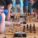 GM Borki Predojevic (links) gegen Branimir Vujic